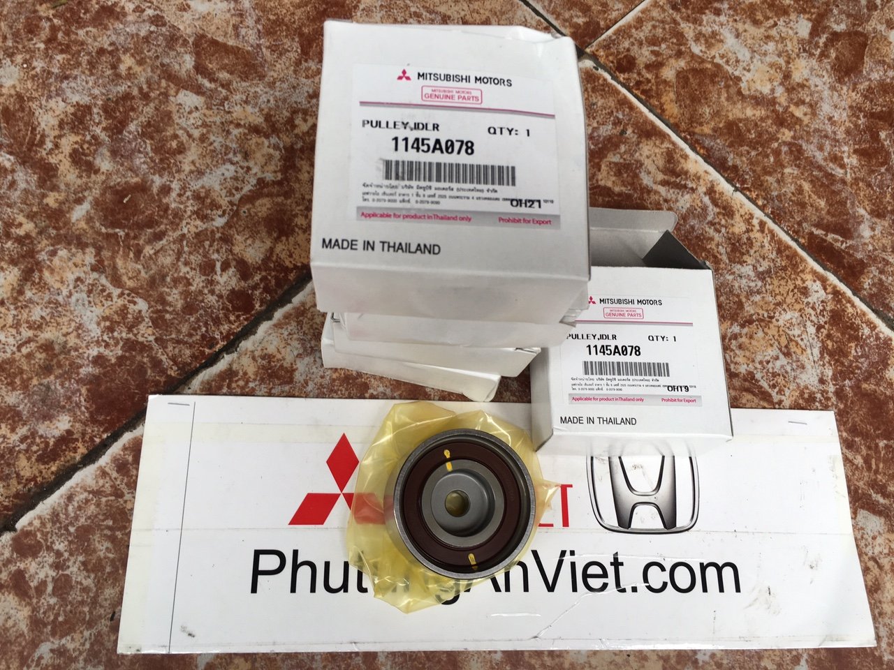 By tăng cam xe Mitsubishi Pajero Sport